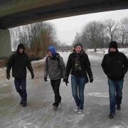 schnee-und-eis-januar-2010-043-konne-elske-jan